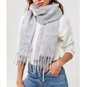 Forever 21 Gray Blanket Scarf - NWT